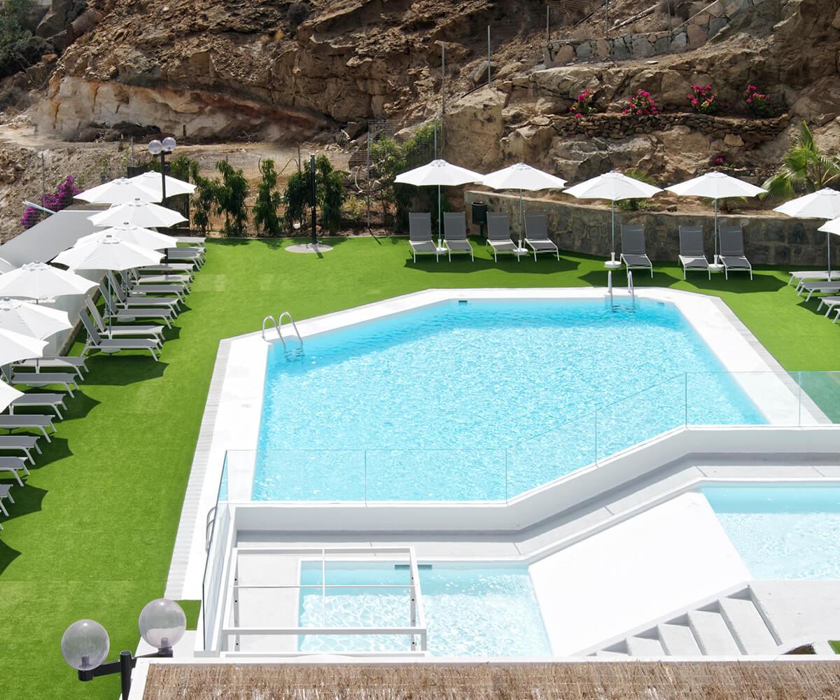 canaima-servicios-piscina-slider1