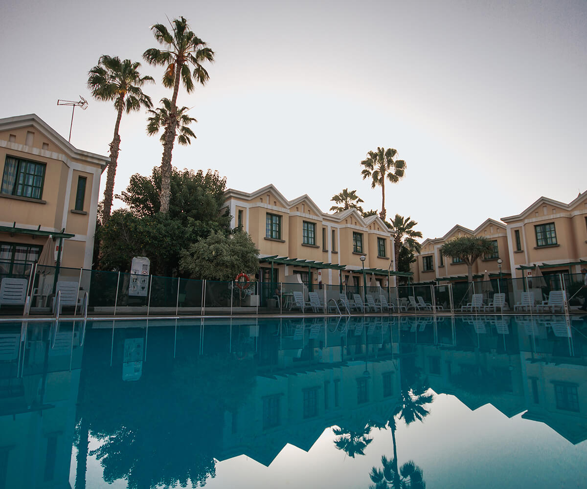 sunsgarden home-instalaciones-piscina01